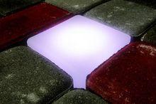 Świecąca kostka brukowa firmy LedBruk