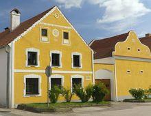 Dom z profilami dekoracyjnymi