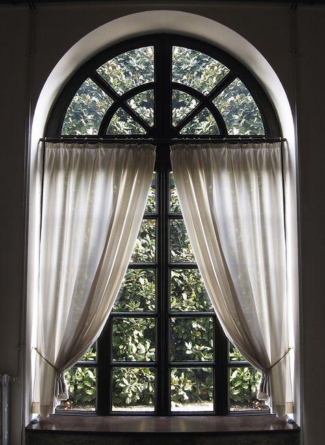 Okno łukowe