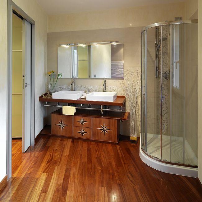Podłoga drewniana w łazience