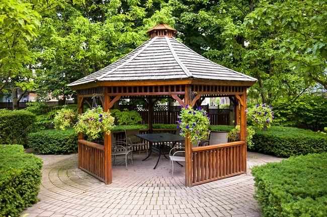 Jak Zrobic Meble Ogrodowe Z Drewna Projekty : Budowa drewnianej altany ogrodowej krok po kroku  galeria i zdjęcia