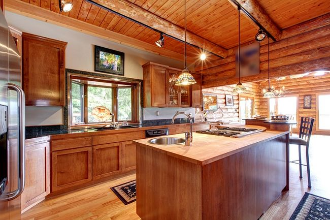 Electrical Home Design Ideas: Wnętrze Domu Z Bali