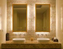 Oświetlenie luster łazienkowych
