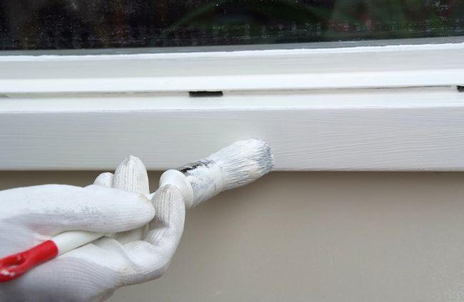 Malowanie ramy okiennej