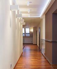 Oświetlenie na korytarzu