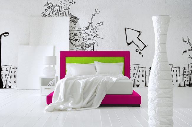 Łóżko w pokoju młodzieżowym