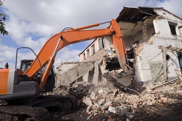 Cena rozbiórki domu