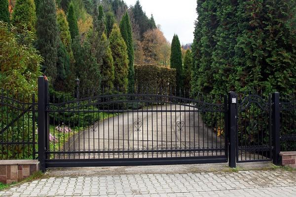 Brama wjazdowa szerokość