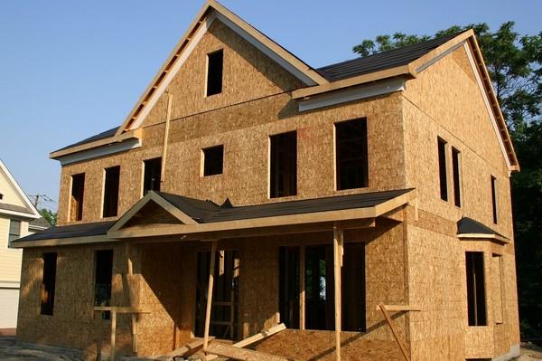 Domy z płyt drewnianych